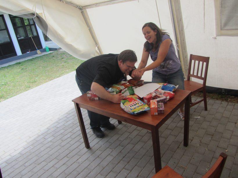 András atya is szereti az édességeket! :-)